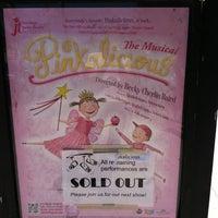 Photo prise au San Diego Junior Theatre par Robin W. le8/14/2011