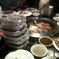 Photo taken at Grill 'n more Loghome Thonglor by Nng J. on 8/11/2011