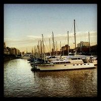 Foto tomada en Yacht Club Puerto Madero por Jesica el 4/7/2012