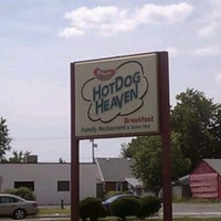 Photo taken at Hot Dog Heaven by Robert P. on 6/16/2012