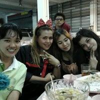 Photo taken at TOYOTA วรจักรยนต์ by เดียว ด. on 1/14/2012
