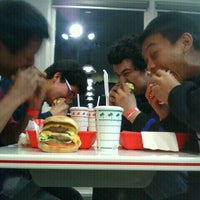 Photo taken at In-N-Out Burger by Devan V. on 4/11/2011