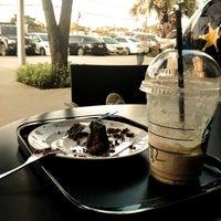 Photo taken at Starbucks by Kan C. on 11/12/2011