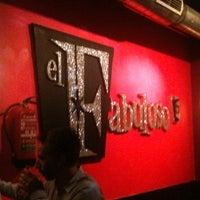 Foto tomada en El Fabuloso Club por Melissa E. el 9/19/2011
