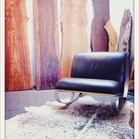 2/19/2012 tarihinde Chris M.ziyaretçi tarafından Fine Arts Optical'de çekilen fotoğraf