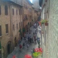 6/4/2011 tarihinde Stefano B.ziyaretçi tarafından Palazzo Buonaccorsi'de çekilen fotoğraf