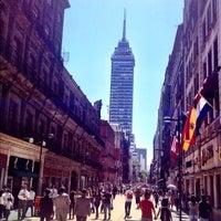 Das Foto wurde bei Corredor Peatonal Madero von Carlos C. am 5/29/2012 aufgenommen