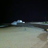 Foto tirada no(a) Praia do Moinho por Francisco P. em 5/12/2011