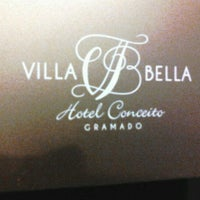 Photo taken at Villa Bella Hotel Conceito by Jeniffer N. on 3/17/2012
