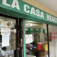 Снимок сделан в La Casa Vegetariana пользователем Hernan G. 11/7/2011