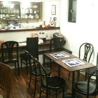 10/21/2011にAkio L.がカフェ・エクレシアで撮った写真