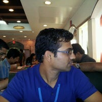 Photo taken at Papa John's by Sandeep A. on 9/5/2011