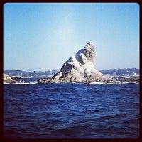 2/4/2012にEG-6が烏帽子岩(姥島)で撮った写真