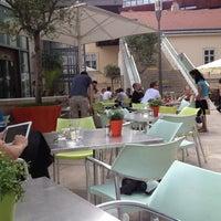 Das Foto wurde bei Café.Restaurant Halle von Martina am 6/3/2012 aufgenommen
