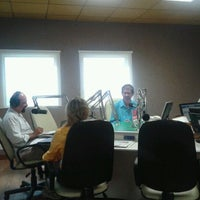 Photo taken at Sistema Jornal de Comunicação by Gustavo B. on 3/8/2012