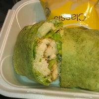 รูปภาพถ่ายที่ Adam's Street Deli & Grill โดย Juan G. เมื่อ 1/30/2012