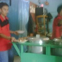 Photo taken at Soto mie pak amin ligut jagakarsa by Andang T. on 9/26/2011
