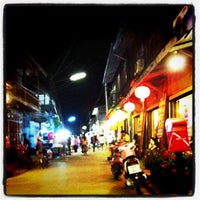 Photo taken at Chiang Khan Walking Street by ิbabychinny Z. on 3/26/2011