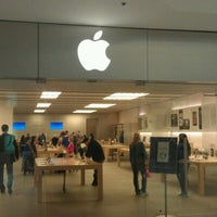 Photo taken at Apple Beverly Center by Andrey P. on 1/12/2012