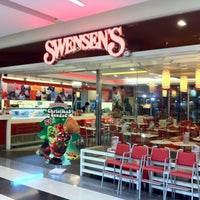 Photo taken at Swensen's by Howard W. on 12/29/2010