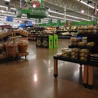 Foto scattata a Walmart Supercenter da Ryan G. il 1/1/2012