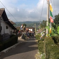 Photo taken at Desa Candi Bandungan by Risma K. on 8/20/2012