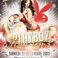Photo taken at Cinéma Cineplex Odeon Ste-Foy by DJ AzYz B. on 12/22/2011