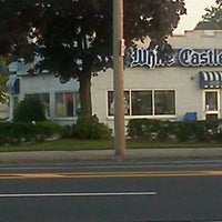 Photo taken at White Castle by Edd_Love on 9/13/2011