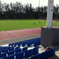Photo taken at Kompleks Sukan MPSJ by Hairie O. on 5/17/2012