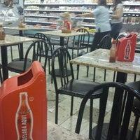 Foto tirada no(a) Master Supermercados por Marcos P. em 10/2/2011