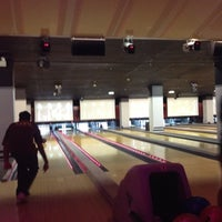 Photo taken at Frames Leisure Time Bowl by Kristin S. on 9/6/2012