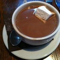 6/3/2012 tarihinde Sarah V.ziyaretçi tarafından Mindy's Hot Chocolate'de çekilen fotoğraf