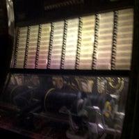 Das Foto wurde bei Bradley's Spanish Bar von Donna A. am 7/7/2012 aufgenommen