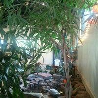 รูปภาพถ่ายที่ Mother's Cafe & Garden โดย Jason D. เมื่อ 6/17/2012