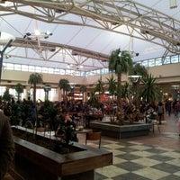 Foto tomada en Patio de Comidas Mall Florida Center por Felipe C. el 6/3/2012