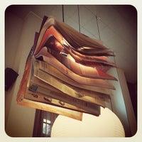 2/5/2012 tarihinde Toni M.ziyaretçi tarafından Bar Lobo'de çekilen fotoğraf