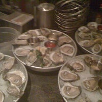 Photo taken at Pappadeaux Seafood Kitchen by Dan P. on 3/30/2012