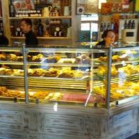 Foto scattata a Caffe Bargioni da Adam B. il 7/5/2012