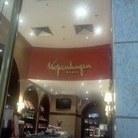 Foto tirada no(a) Shopping Avenida 28 por Leonardo C. em 6/2/2012