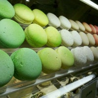 Photo taken at Honolulu Coffee Company by Kelly💕🍓 on 8/24/2011