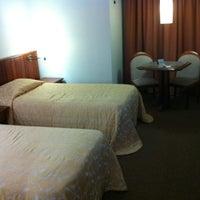 Photo taken at Sorocaba Park Hotel by Walter Furtado J. on 5/7/2012