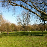 3/28/2012 tarihinde Sibelle H.ziyaretçi tarafından Finsbury Park'de çekilen fotoğraf