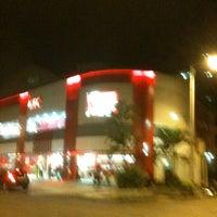 Photo taken at KFC by Ruy P. on 4/9/2012