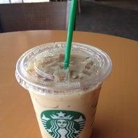 Photo taken at Starbucks by pongphon b. on 3/9/2012