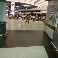 Photo taken at Rajiv Chowk | राजीव चौक Metro Station by Dhananjay K. on 8/27/2012
