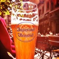 5/8/2012 tarihinde Daniel B.ziyaretçi tarafından Augustiner am Dom'de çekilen fotoğraf