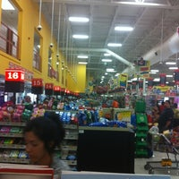 Photo taken at H-E-B by Lonnie 2. on 8/5/2012