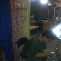 Photo taken at Kedai Makan Pakde by prastyo d. on 6/1/2012