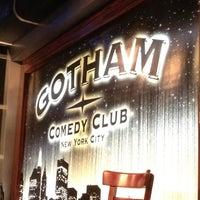 Das Foto wurde bei Gotham Comedy Club von sean j. am 4/13/2012 aufgenommen