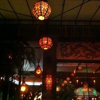 Das Foto wurde bei Taj Bar von Mauricio G. am 2/23/2012 aufgenommen